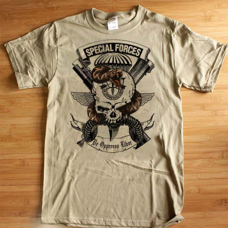 Army Special Forces 18D T-Shirt Airborne Jumpwings  De Oppresso Liber Skull And Snake